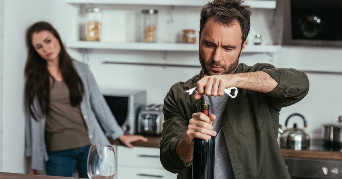 Como lidar com um alcoólatra na família?