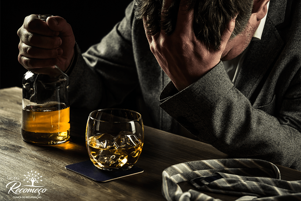 O alcoolismo e uma doença